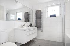 Scandinavian Interior Design, Double Vanity, Bathrooms, Bathtub, House, Home Decor, Bath, Standing Bath, Bathtubs