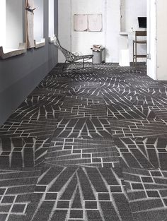 Mohawk Group - Commercial Flooring - Woven, Broadloom and Modular Carpet POP ICON MODULAR