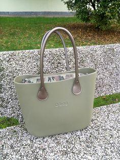 MyObs militare bronzo Obag Fullspot Louis Vuitton Designer, Designer Handbags, Chanel Handbags, Louis Vuitton Handbags, Givenchy Designer, Bago, Cross Body Handbags, Clutches, Anatomy