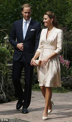 catherine middleton in a pink kimono-style dress with an orchid pattern by jenny packham.
