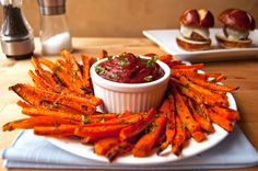 Healthy Baked Carrot Fries Recipe on Yummly. Cheap Healthy Snacks, Healthy Chips, Healthy Baking, Easy Healthy Recipes, Snack Recipes, Cooking Recipes, Healthy Foods, Healthy Alternatives, Delicious Recipes