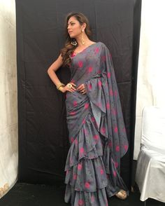 7cb91ff3d54fce Saree Fabric   Georgette Silk   Saree Color  Grey   Saree Length  M   Saree  Work  Ruffle+Printed   Blouse Fabric  Jacquard   Blouse Color  Pink   Blouse  ...