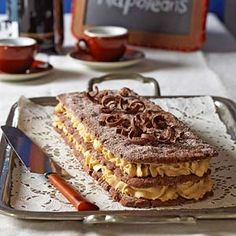 Mocha Napoleons - Top-notch pastries from some of our favorite Midwest bakeries include mocha napoleons, cream-filled cannolis, and a lemon curd tart. Bakery Recipes, Pie Recipes, Gourmet Recipes, Cookie Recipes, Dessert Recipes, Desserts, Dessert Ideas, Chocolate Pastry, Homemade Chocolate