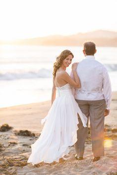 Beautiful Wedding Dress Bouquet The Cliffs Resort Pismo Beach CA Weddings