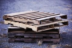 Ultimate Guide to Upcycling with Pallets • 1001 Pallets