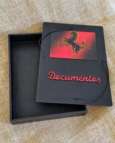 Arte lá em casa: Caixa/Pasta Organizadora de Documentos - Ferrari