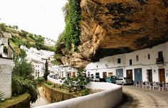 perierga.gr - 10 πανέμορφα ισπανικά χωριά! Miguel Angel, Running Of The Bulls, Pamplona, Gaudi, Pilgrim, Places Ive Been, Madrid, Spanish, Art Gallery
