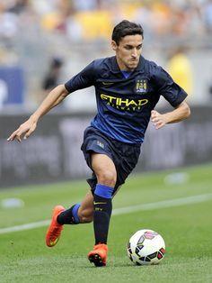 Jesús Navas, en favor del Manchester City.