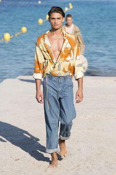 Jacquemus Spring 2019 Menswear Marseille Collection - Vogue