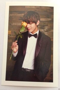 K-Pop BTS Bangtan Boys Official Fan Club ARMY 2nd Photo Card V  Photocard 'RARE'
