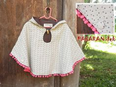 KIDS Poncho Cape with hood and Pink pompon / 2years by PAKARAN