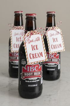 Free Printable Just Add Ice Cream Tags for Party Favors and Gifts Diy Ice Cream, Ice Cream Party, Christmas Ice Cream, Christmas Time, Free Printable Gift Tags, Free Printables, Root Beer Bottle, Beer Gifts, Diy Gifts