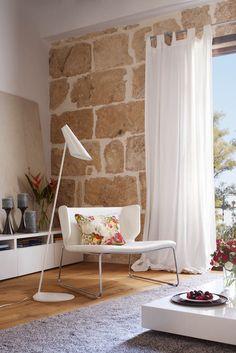 Ideas de #Salon, estilo #Tropical color  #Marron,  #Blanco, diseñado por Cotacero Taller Arquitectura  #CajonDeIdeas