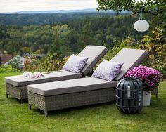 Hagemøbel, solseng med liten skuff på siden www.krogh-design.no/hage