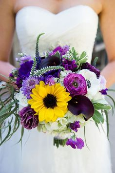 Wedding Bouquets Love this mostly purple & white bouquet with sunflower focal point! Yellow Bouquets, Purple Wedding Bouquets, Sunflower Bouquets, Wedding Flower Arrangements, Bride Bouquets, Floral Wedding, Fall Wedding, Pink Weddings, Floral Arrangements