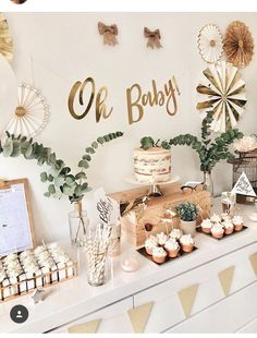 55 amazing baby shower decorations to welcome the little bundle of joy – Artof. - Baby shower ideas - 55 amazing baby shower decorations to welcome the little bundle of joy – Artof… - Boho Baby Shower, Cute Baby Shower Ideas, Beautiful Baby Shower, Gender Neutral Baby Shower, Baby Shower Decorations Neutral, Baby Shower Green, Baby Decor, Simple Baby Shower, Baby Shower Boys