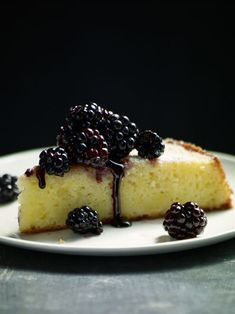 Ricotta Cheesecake with Berries and Sauce