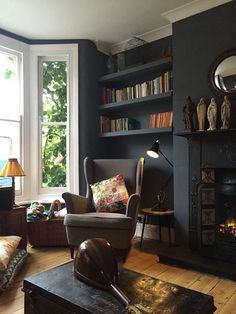 Stunning 44 Enchanting Victorian Living Room Design Ideas For The Comfort Your Guests. Dark Living Rooms, New Living Room, Interior Design Living Room, Living Room Designs, Alcove Ideas Living Room, Room Ideas, Kitchen Interior, Lounge Design, Lounge Decor