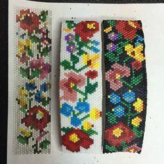 Free Hungarian Flowers Bead Pattern