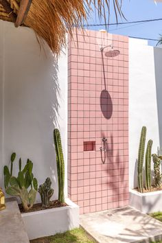Pink Tiles and cactus dreams! Anything is possible when you dream big! photographed by me. Exterior Design, Interior And Exterior, Outdoor Bathrooms, Outdoor Showers, Outdoor Bathtub, Pink Tiles, Outdoor Living, Outdoor Decor, Outdoor Spaces