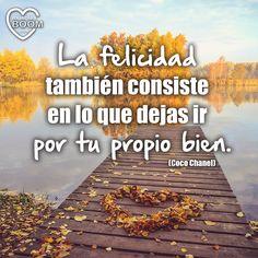 """""""La #felicidad también consiste en lo que dejas ir por tu propio bien"""" (Coco Chanel)   #FelizMiercoles #bepositive #quotes #citas #instaquotes #quotesoftoday #quotesoftheday"""