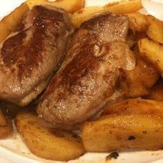 Duck breasts with Calvados apple sauce recipe - All recipes UK Cocktails Champagne, Recipe Email, Apple Brandy, Recipe Tonight, Sour Taste, Apple Sauce, Fresh Apples, Russian Recipes