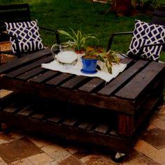 pallett table :) Like the darker color.