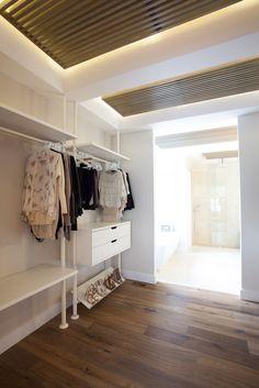 walk in closet.    www.aryze.ca