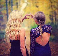 Hair prom picture poses, prom pictures и homecoming pictures. Homecoming Poses, Homecoming Pictures, Prom Poses, Homecoming 2014, Prom Photography, Best Friend Photography, Photography Ideas, Sibling Photography, Photography Lighting