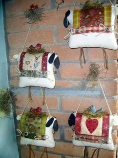 by Kokita Laine, wall sheep cushions? Primitive Sheep, Primitive Crafts, Primitive Christmas, Christmas Crafts, Christmas Ornaments, Fabric Crafts, Sewing Crafts, Sewing Projects, Sheep Crafts