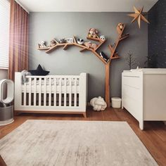 It isn't far too early to start out on decorating a nursery. Unisex nursery decoration is very fascinating to try. Baby Bedroom, Baby Boy Rooms, Little Girl Rooms, Nursery Room, Girl Nursery, Kids Bedroom, Bedroom Decor, Baby Room Design, Boys Room Decor
