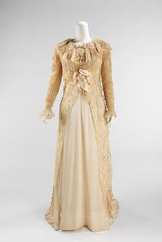 Paquin Promenade Dress - 1908 - House of Paquin (French, - Design by Mme. Jeanne Paquin (French, - Silk, cotton - The Metropolitan Museum of Art - Mlle Edwardian Era Fashion, 1900s Fashion, Vintage Fashion, Classic Fashion, Jeanne Paquin, Vintage Outfits, Vintage Dresses, Antique Clothing, Historical Clothing
