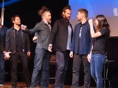 I love the Supernatural cast///Jared and Tim look ridicoulos I'm dying XD