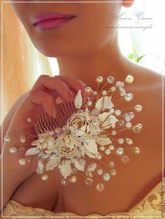 Свадебные украшения ручной работы. Ярмарка Мастеров - ручная работа Свадебный гребень с белыми пионами. Handmade.