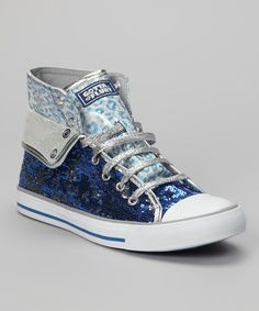 For the little lady who loves her dress-up days but likes to keep comfy, these casual kicks are a dream come true. Shimmering sequins decorate the silhouette, creating her perfect pair.