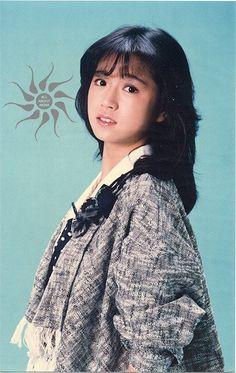 中森明菜 Japanese Culture, Asian Woman, Cute Girls, Past, Fairy Tales, Cool Photos, Disney Characters, Fictional Characters, Snow White