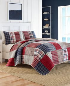 """An inviting patchwork-inspired design brings added warmth to the look of the Ansell full/queen quilt from Nautica. 