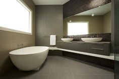 Bathroom Design Ideas - Photos of Bathrooms. Browse Photos from Australian Designers & Trade Professionals, Create an Inspiration Board to save your favourite images. Best Bathroom Tiles, Master Suite Bathroom, Bathroom Layout, Bathroom Flooring, Small Bathroom, Bathroom Inspo, Bathroom Ideas, Bathroom Design Inspiration, Bad Inspiration
