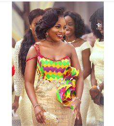 The Origin of Beautiful Kente Materials and African Beauty Queens Wearing them - WearitAfrica African Attire, African Wear, African Dress, African Style, African Print Fashion, African Fashion Dresses, Ankara Fashion, African Outfits, Women's Fashion