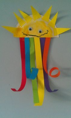 Maros kindergarten: Spring weather crafts! Colorful sun!