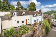 Nock Deighton - Bridgnorth present this 2 bedroom cottage in 77 Cartway, Bridgnorth, Shropshire, My Property, Property Search, River Severn, Inset Sink, Galley Style Kitchen, Patio Steps, Paved Patio, Dormer Windows, Exposed Beams