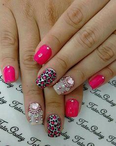 Basic gel pink plus gem work Love Nails, My Nails, Uñas Fashion, Beautiful Nail Art, Mani Pedi, Nail Arts, Nails Inspiration, Nail Art Designs, Make Up