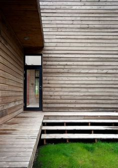 Rustic Pine House - Natural Design with Modern Style