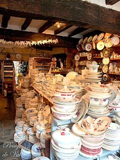 Ooh, for a good rummage around here! Tea Sets Vintage, Vintage Cups, Corner China Cabinets, Cuisine Diverse, French Style Homes, Shop Around, Small Furniture, Wooden Crates, Plates And Bowls