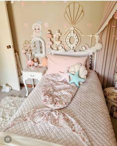 Modern Kids Bedroom, Childrens Bedroom Decor, Bedroom Inspiration, Mood Boards, Rattan, Favorite Color, Toddler Bed, Shell, Nursery