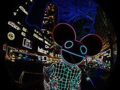 love me some deadmau5. I tried making a couple of these mau5heads.. It's harder than it looks.