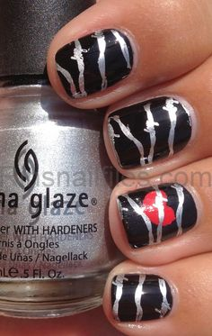 Barbed Wire Heart Nails!!!!! omgosh! doing this but without the heart