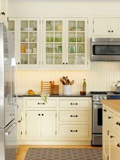 Farmhouse Kitchen With Beadboard Backsplash