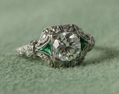Emerald and Diamond Antique Art Deco Diamond Engagement Ring .-New Ideas - and Diamond Antique Art Deco Diamond Engagement Ring Antiker Art-Deco-Diamant-Verlobungsri - Anel Art Deco, Art Deco Schmuck, Bijoux Art Deco, Diy Schmuck, Art Deco Jewelry, Fine Jewelry, Art Deco Ring, Craft Jewelry, Women's Jewelry