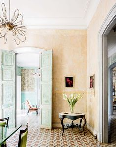 Tour+a+Cuban+Home+With+Charm+and+Character+via+@MyDomaine